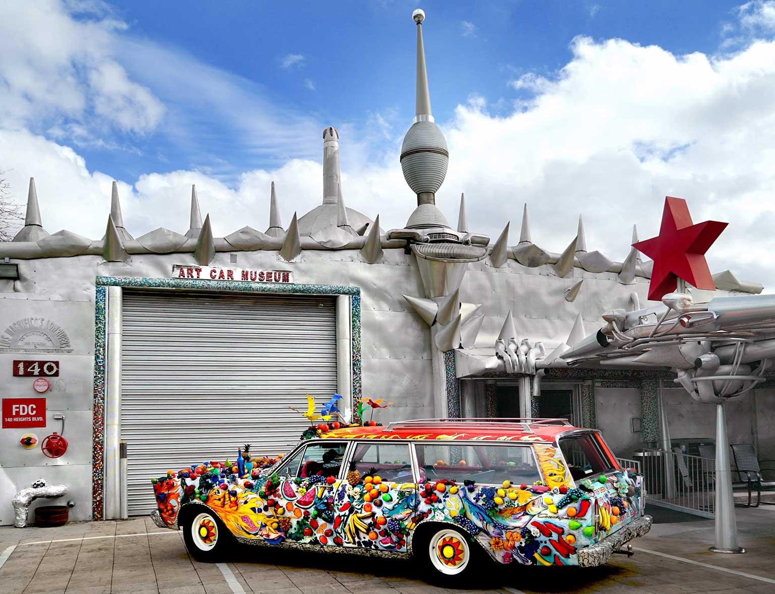 Art-Car-Museum-Frontal